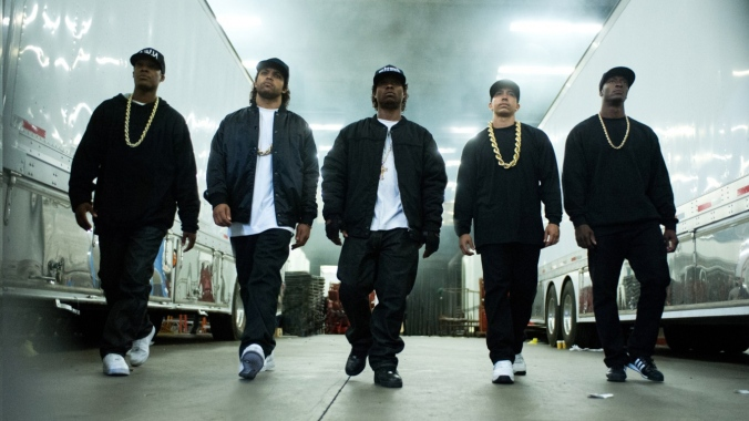Straight-Outta-Compton-Oshea-Jackson-Jr-Corey-Hawkins-Jason-Mitchell-Neil-Brown-Jr-WallpapersByte-com-1366x768